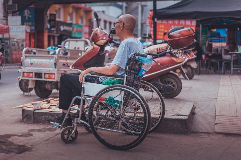 Korzyści biznesowe z zatrudniania osób niepełnosprawnych